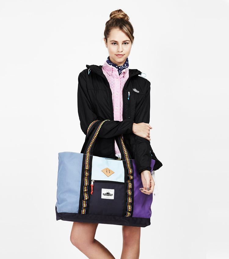 Penfield – dámská móda – černá bunda, příruční taška