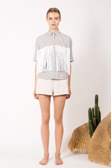 Frisur – dámské oblečení – košile, kraťasy