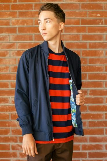 Obey – tmavě modrá pánská bunda, pruhované tričko