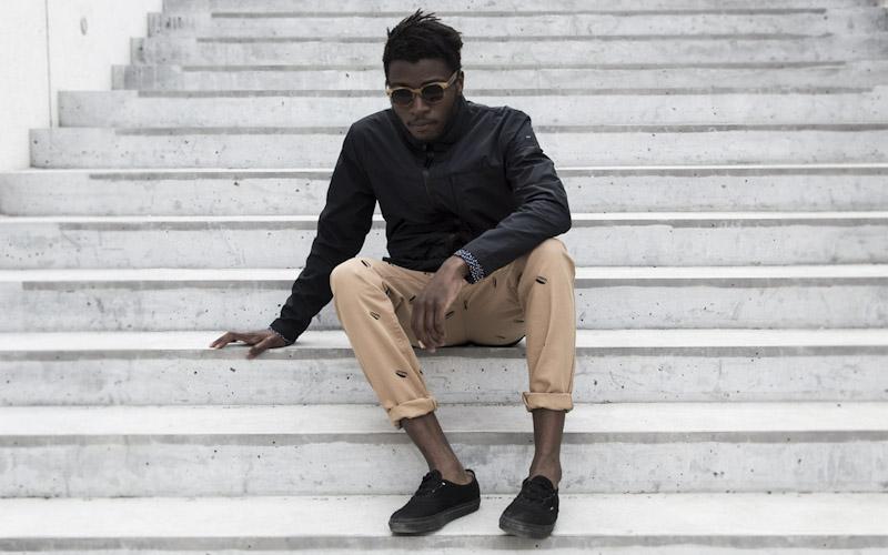 RVLT/Revolution – pánská černá bunda, béžové kalhoty