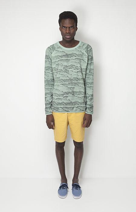 Ucon Acrobatics – pánské oblečení – zelené tričko se vzorem, žluté šortky