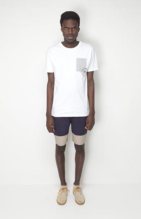 Ucon Acrobatics – pánská móda – bílé tričko, modré šortky