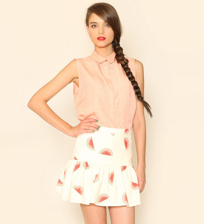 Pepa Loves – dámské oblečení – blůzka pleťové barvy, sukně – motiv melounu