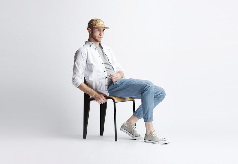 Publish – pánské oblečení – bílá košile, modré kalhoty