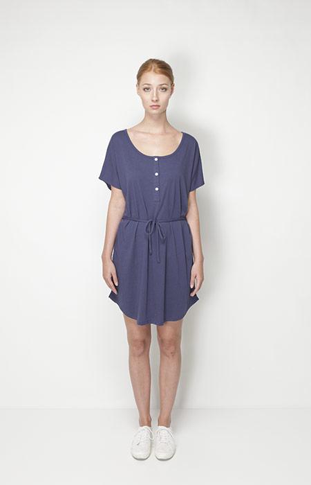 Ucon Acrobatics – dámská móda – tmavě modré letní šaty