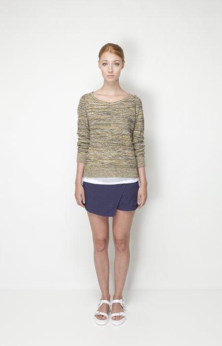Ucon Acrobatics – dámská móda – svetr se vzorem, modrá sukně
