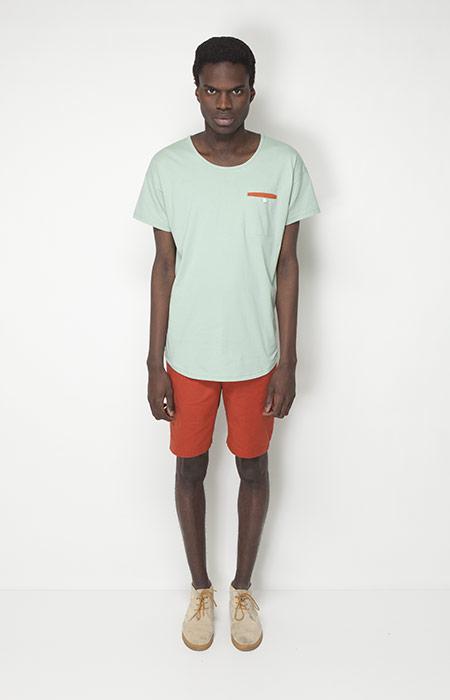 Ucon Acrobatics – pánská móda – světle zelené tričko, oranžové šortky