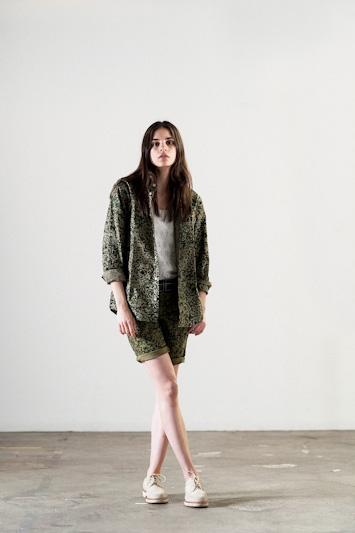 Carhartt WIP – dámská košile a šortky se vzorem