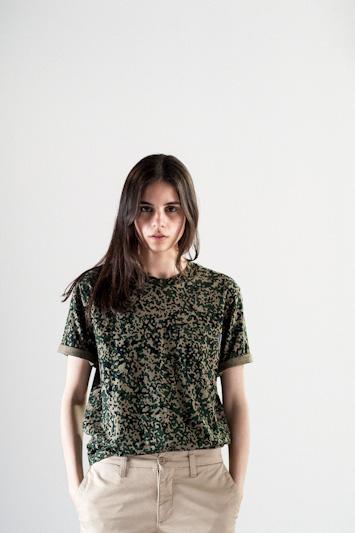 Carhartt WIP – tričko se vzorem dámské