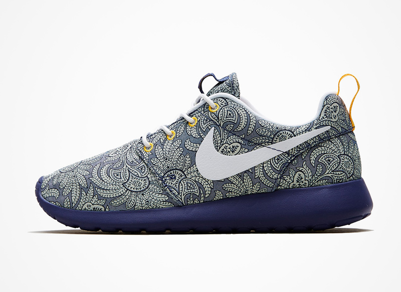 Nike x Liberty London – Roshe Run – boty, modré