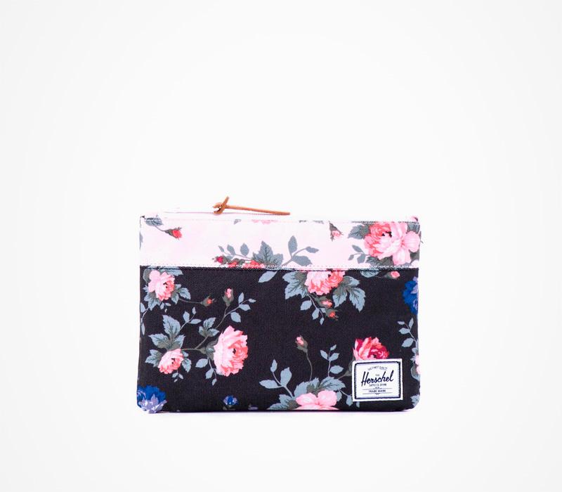 Černé pouzdro na notebook Herschel Supply – Field Pouch Fine China, květinový motiv