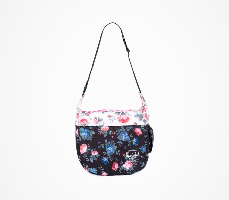 Černá skládací taška přes rameno Herschel Supply – Packable Messenger – Fine China, květinový motiv