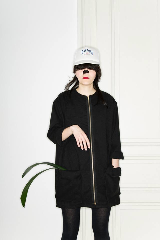 MONGOL – Monika Přikrylová – černá dlouhá bunda