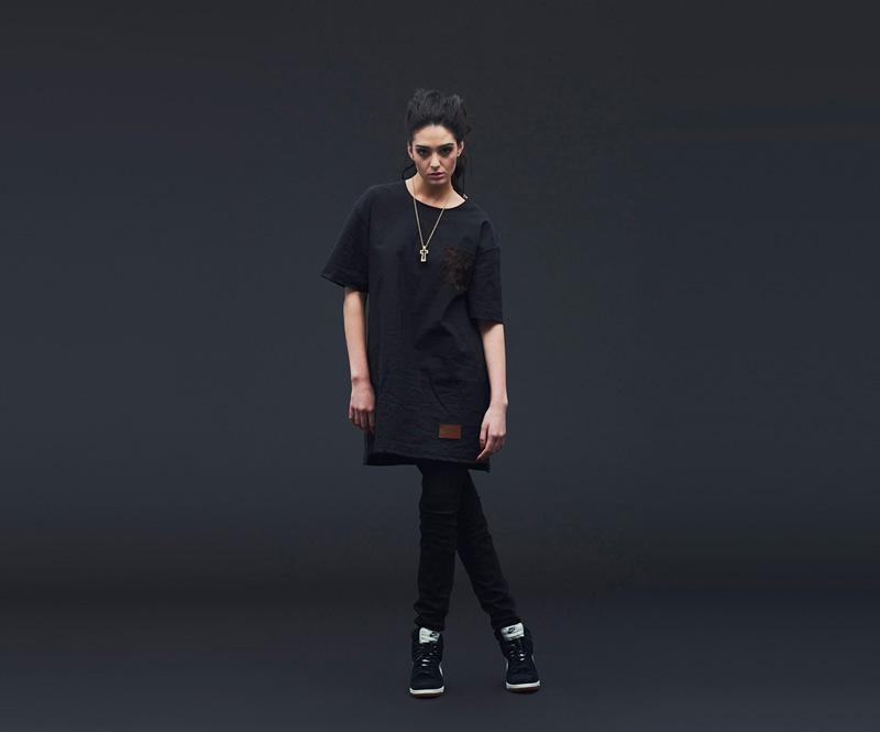 Shook – dámská černá tunika