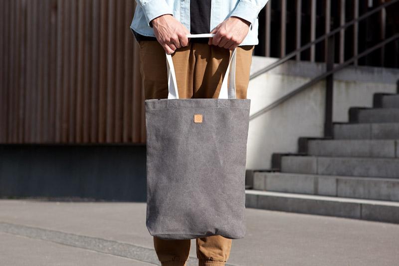 Ucon Acrobatics – šedá bavlněná taška přes rameno