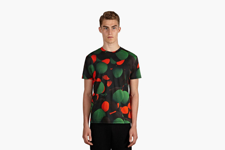 Christopher Kane – tričko s potiskem, kolekce Atom