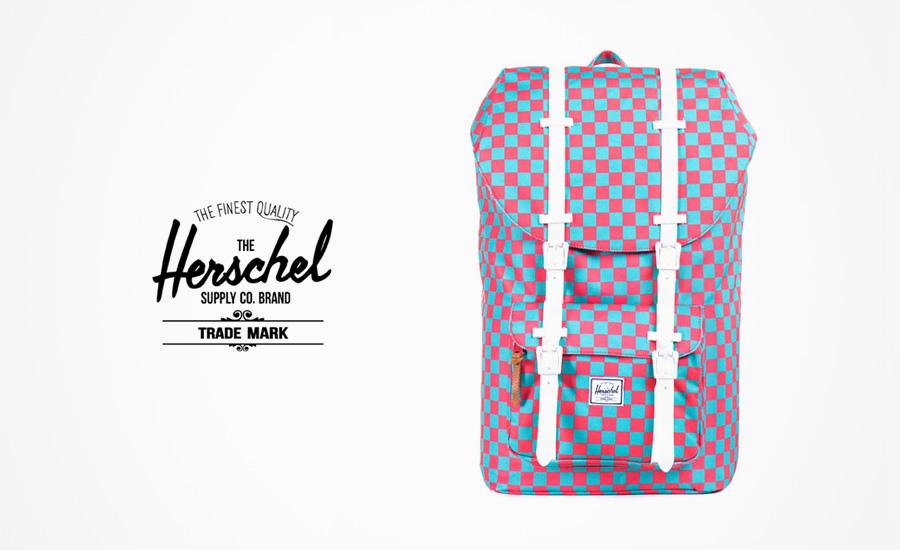Herschel Supply batohy – plátěný batoh na záda, modro-červený, kostkovaný