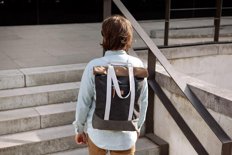 Ucon Acrobatics – stylový batoh na záda, tmavě šedý, bavlněný