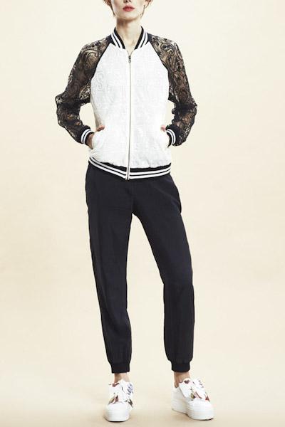Asli Filinta – černé kalhoty, dámská krajková bunda do pasu