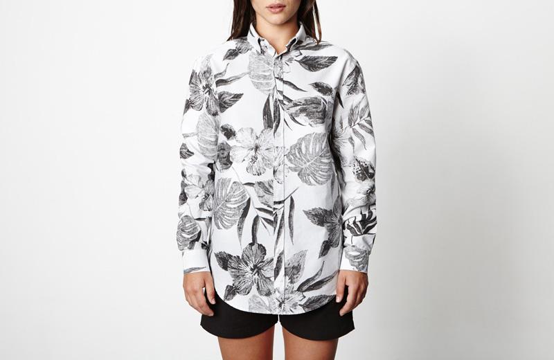 New Black – dámská košile s bílými rostlinnými vzory, bílá