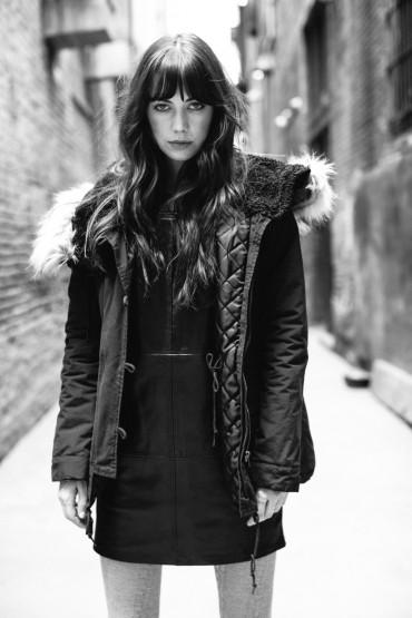 Obey – dámská zimní bunda s kapucí s kožíškem | Dámské oblečení – podzim/zima 2014