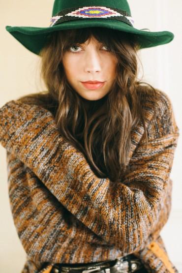 Obey – dámský delší svetr na knoflíky, ze vzorem | Dámské oblečení – podzim/zima 2014