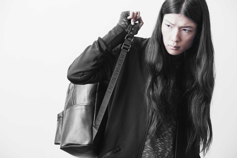 Represent Clothing – černý kožený batoh na záda