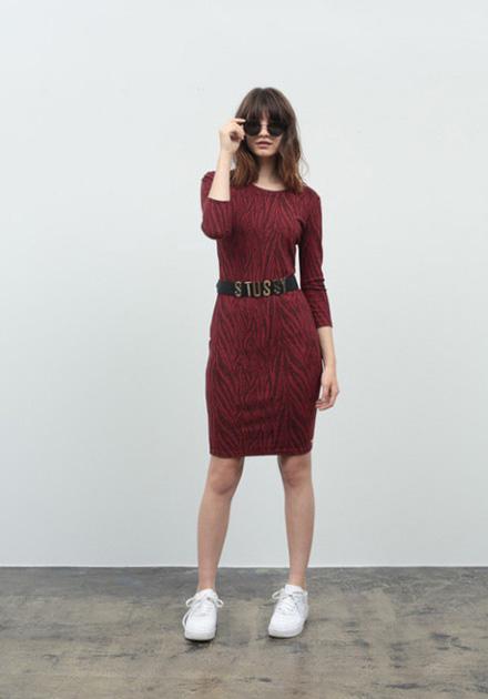Stussy – úzké šaty/sukně se vzorem – červené
