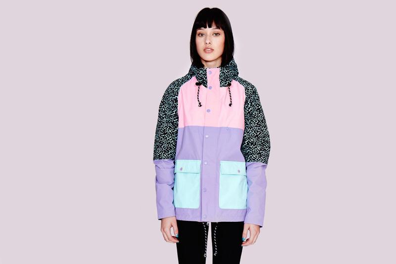 Lazy Oaf – dámská podzimní barevná (fialová, růžová, černá, zelená) bunda s kapucí, grafické vzory | Dámské oblečení
