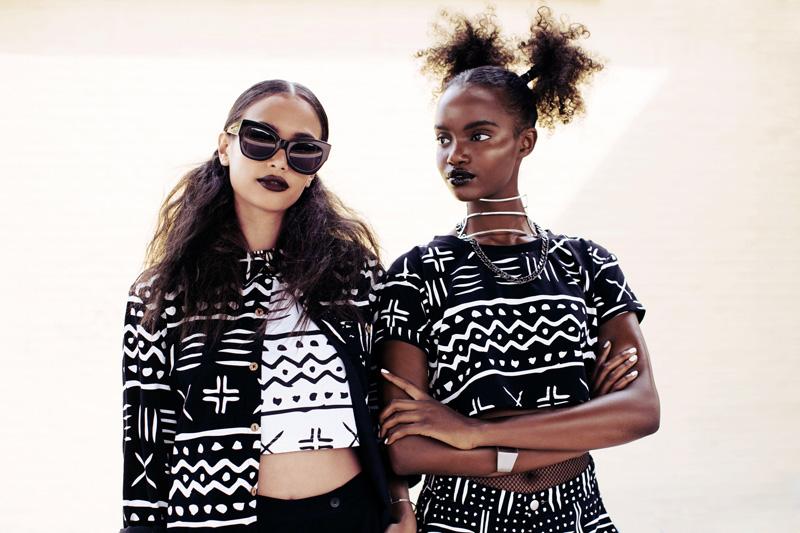 Daily Paper – dámské černobílé topy, krátká trička,
