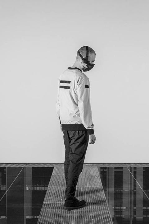 Trinitas – bílá bunda, bomber jacket, minimalistická