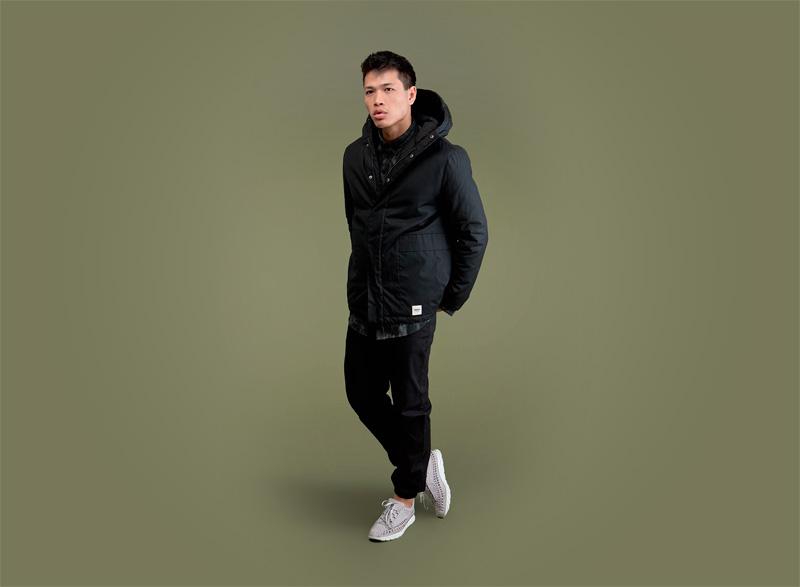 Wemoto – pánská černá zimní bunda s kapucí, černé kalhoty | Pánské podzimní/zimní oblečení