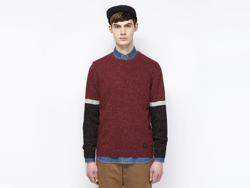 Ucon Acrobatics – pánský červený svetr, černé rukávy | Pánské značkové oblečení