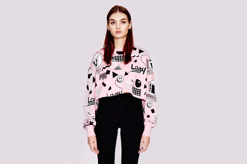Lazy Oaf – dámská krátká růžová mikina s grafickými symboly/ikonami | Dámské oblečení