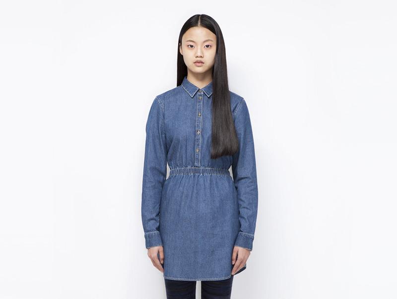 Ucon Acrobatics – dámské modré jeansové (džínové) šaty s límečkem, dlouhý rukáv | Dámské značkové oblečení