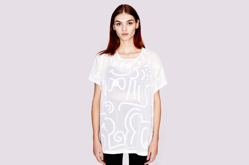 Lazy Oaf – dámské volné průhledné tričko se symboly | Dámské oblečení
