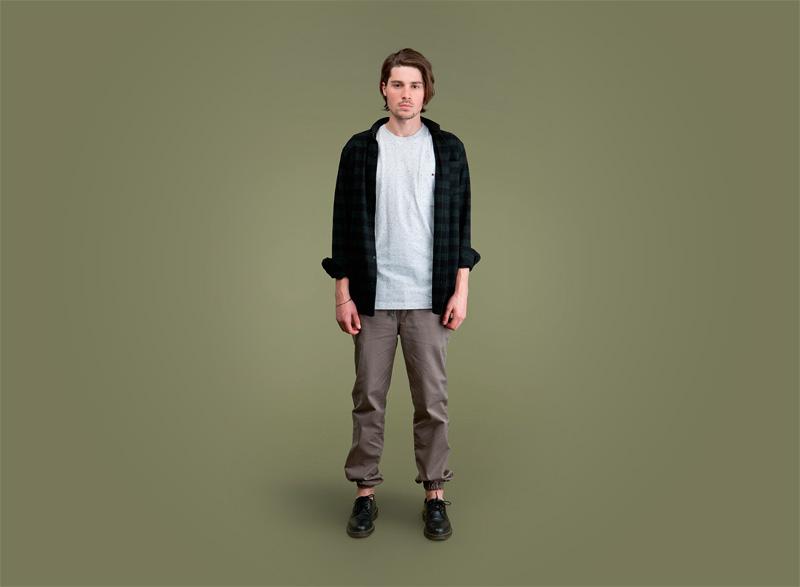 Wemoto – pánská černo-zelená košile s pruhy – dlouhý rukáv, pánské tmavě šedé kalhoty joggers s gumou v nohavicích | Pánské podzimní/zimní oblečení