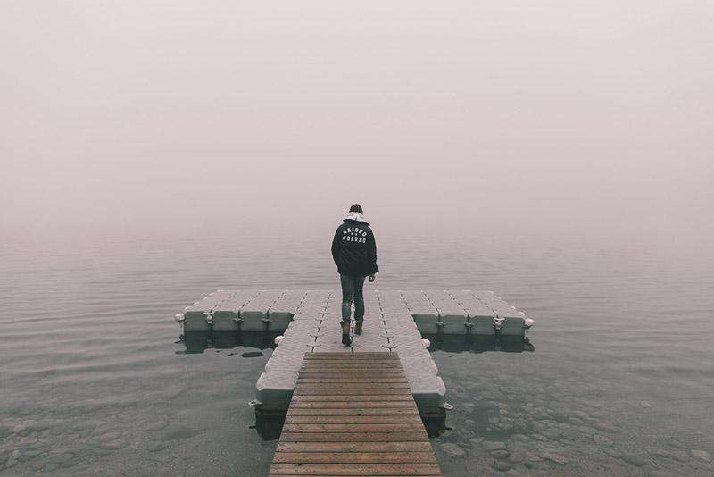 Raised by Wolves – černá bunda – pánská, podzimní, větrovka | Pánské podzimní/zimní oblečení