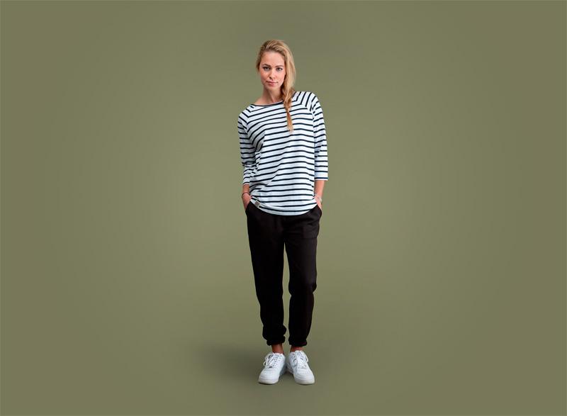 Wemoto – dámské bílé tričko s černými proužky, černé joggers kalhoty | Dámské podzimní/zimní oblečení