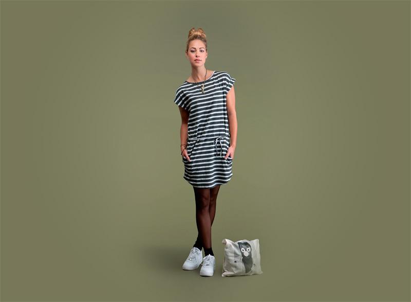 Wemoto – dámské proužkované šaty – černo-bílé | Dámské podzimní/zimní oblečení