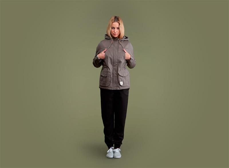 Wemoto – podzimní bunda s kapucí – šedo-hnědá, černé kalhoty joggers | Dámské podzimní/zimní oblečení