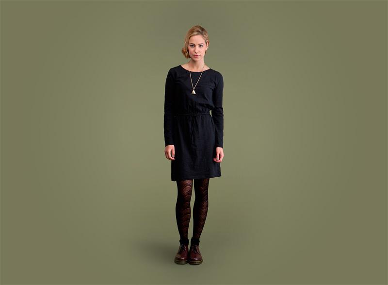 Wemoto – dámské černé streetové podzimní sportovní šaty | Dámské podzimní/zimní oblečení