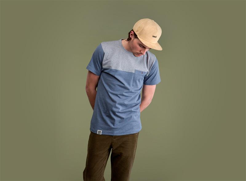 Wemoto – bledě modré pánské tričko s kapsičkou | Pánské podzimní/zimní oblečení