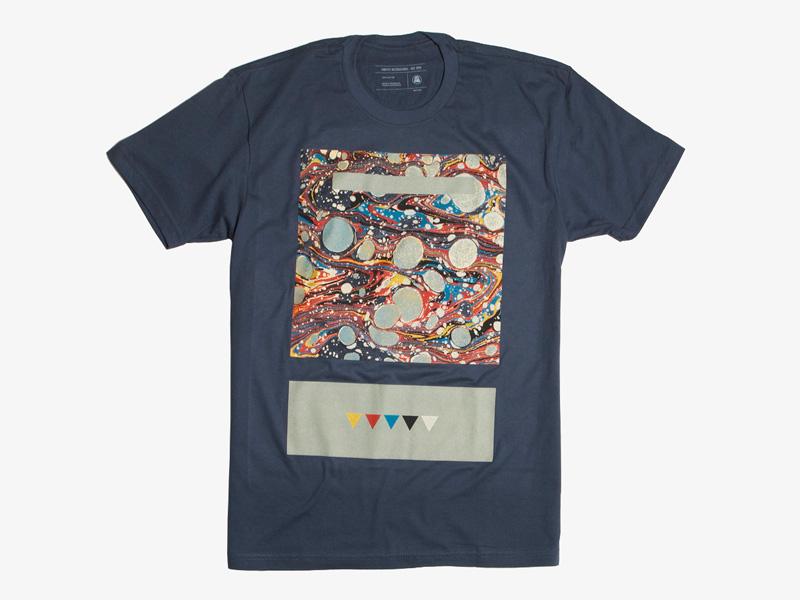 Ghostly International – tmavě modré tričko s potiskem, Skyward, studio Koivu | Originální trička s potiskem
