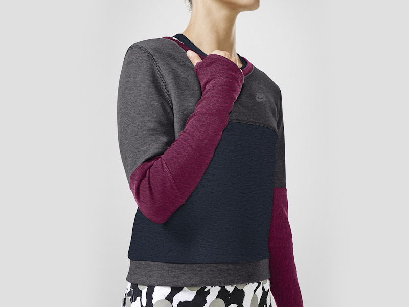 Nike – sportovní mikina pro ženy, modro-šedá, fialové rukávy | Color Block