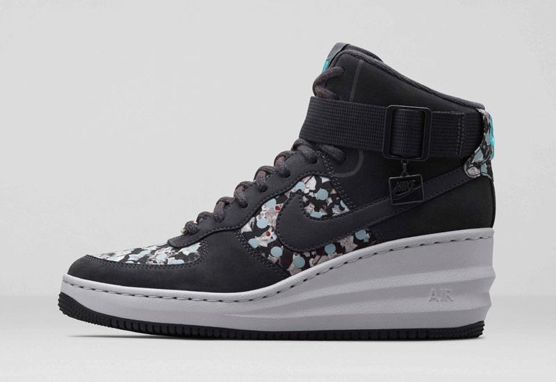 Boty Nike x Liberty – Lunar Force 1 Sky Hi, se vzory, černé | Dámské kotníkové tenisky