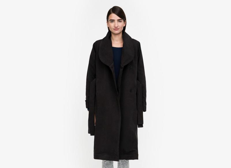 Frisur – dámský dlouhý zimní kabát, černý | Podzimní a zimní oblečení – dámské