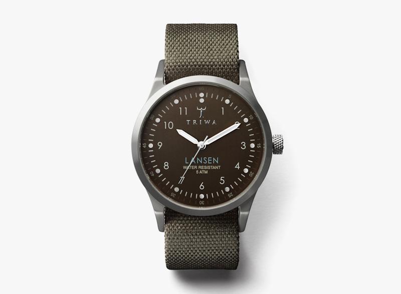 Hodinky Triwa – pánské – tmavě zelený textilní náramek, tmavě šedé ocelové pouzdro – Partisan Lansen | Náramkové luxusní hodinky