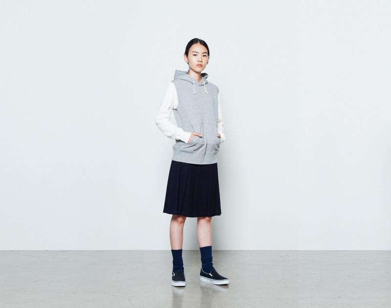 Aloye – dámská mikina s kapucí, šedá, bílé rukávy | Japonská móda