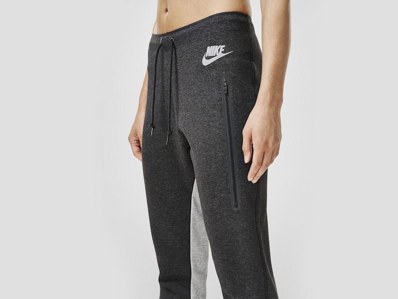 Nike – dámské černé tepláky, dámské, stylové, sportovní, běžecké kalhoty | Color Block